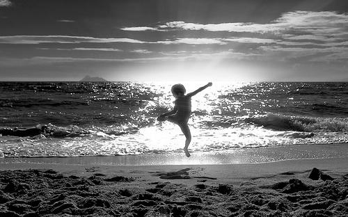 child & sea