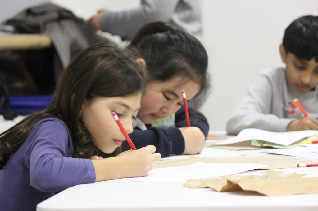 childrens creative writing workshops london Writing workshops we offer a variety of original and creative literacy workshops to challenge students and further develop their imagination, creative writing and thinking skills learn about writing workshops.