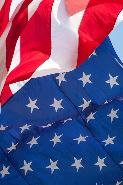 american-flag-1109396_640