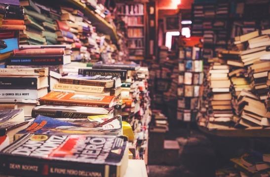 books-2211342_640