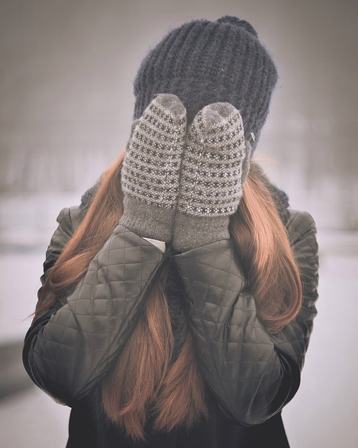 covering-face-
