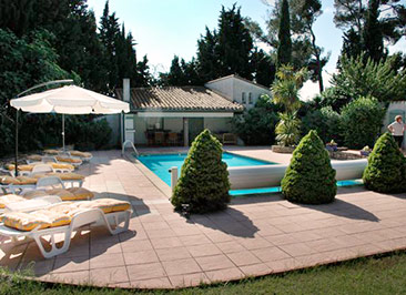 French House party pool