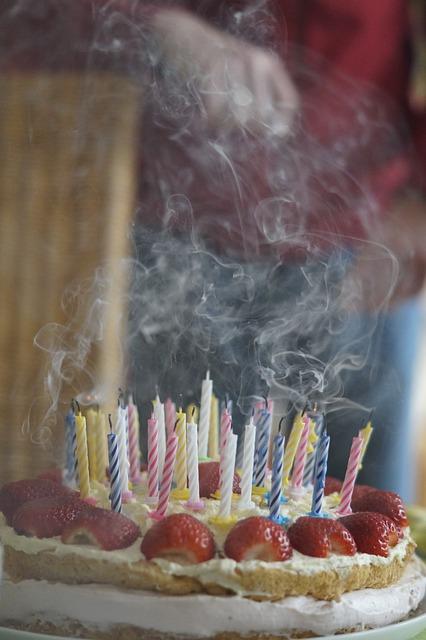 birthday-cake-757107_640